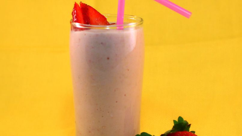Strawberry and Cereal Shake