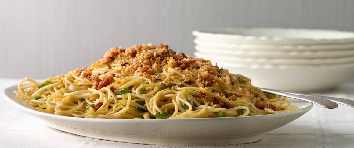 Flaky Garlic Toasted Spaghetti Cups Recipe — Dishmaps