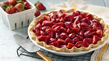 4-Ingredient Strawberry Pie