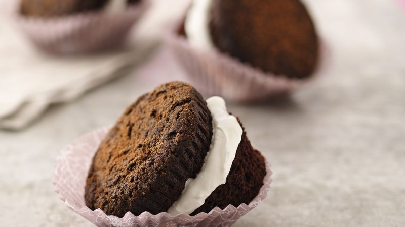 Chocolate Whoopie Pie Cupcakes