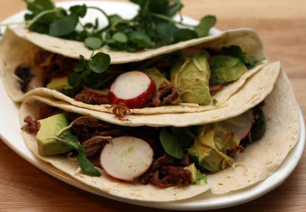 Grilled Beef Salad Tacos