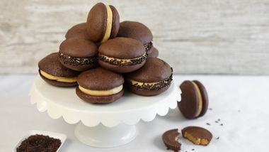 Reese's® Peanut Butter Chocolate Whoopie Pies