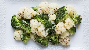 Italian Cauliflower and Broccoli Medley