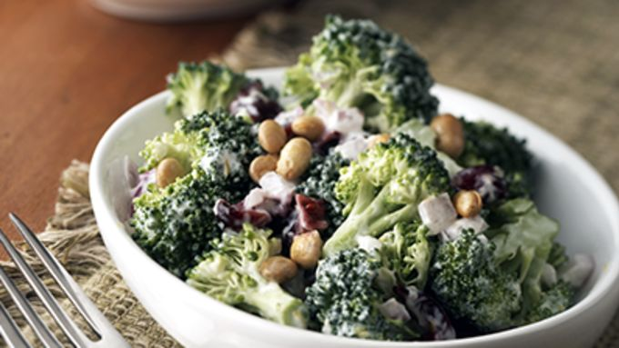 Skinny Lemon Broccoli Salad