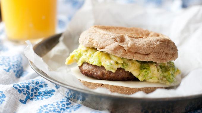 Arugula Pesto, Egg and Turkey Sausage Breakfast Sandwiches