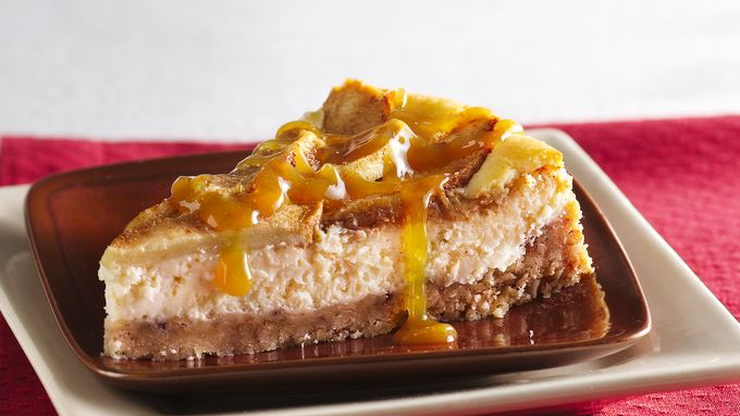 Apple-Topped Cheesecake with Caramel Topping