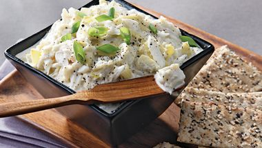 Slow-Cooker Warm Artichoke and Crab Dip