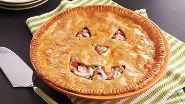 Jack-o'-Lantern Chicken Pie