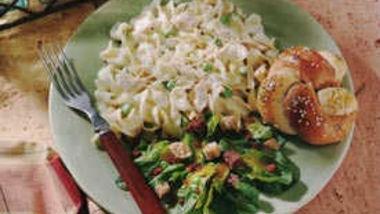 Creamy Chicken-Pasta Caesar Salad