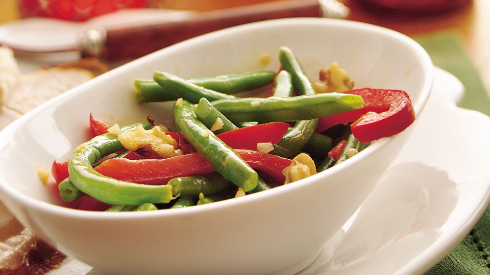 Green Beans with Garlic Butter and Walnuts