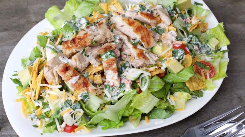 Tex mex chicken salad recipe que rica vida for Ideas ensaladas originales