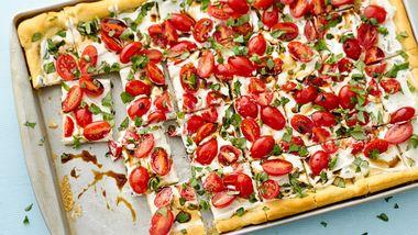 Tomato Basil Veggie Pizza