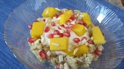Desayuno de Pudín Tropical de Quinoa y Fruta