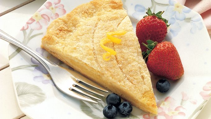 Lemon-Almond Breakfast Pastry