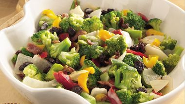 Broccoli, Bacon and Cheddar Toss recipe from Betty Crocker