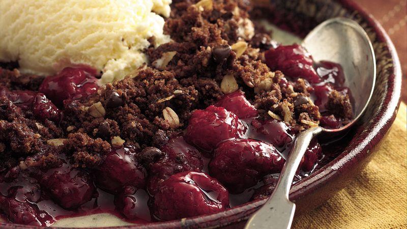 Chocolate Fudge-Raspberry Crisp