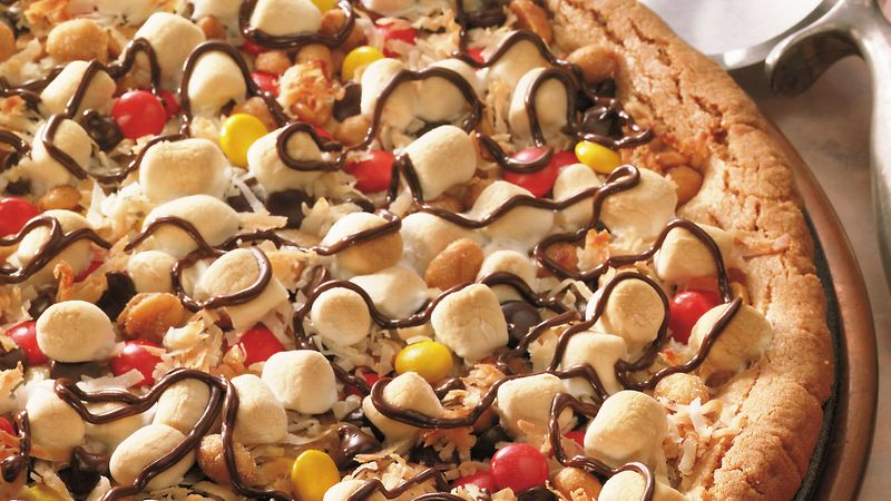 Cookies and Candy Pizza