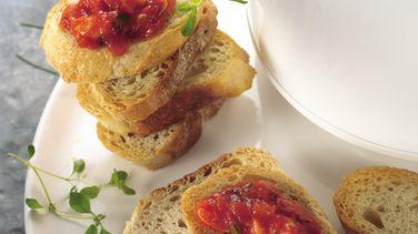 Slow-Cooker Marinara Sauce with Mozzarella Cheese Dip