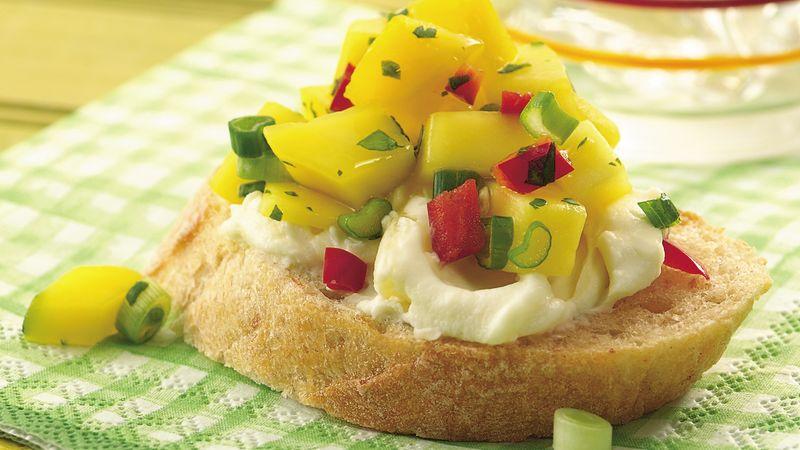 Mango Pepper Salsa Crostini