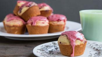 Raspberry Jam-Filled Doughnut Muffins
