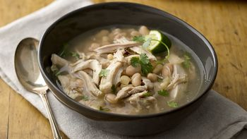 Slow-Cooker Spicy White Chicken Chili