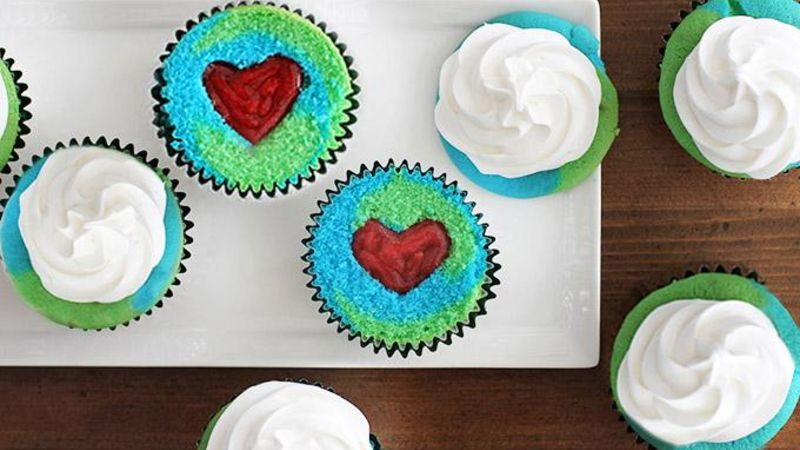 Earth Day Reveal Cupcakes