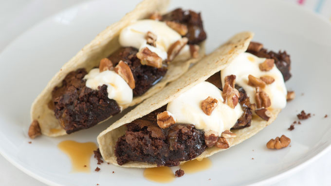 Turtle Brownie Dessert Tacos