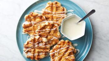 Easy Cinnamon Roll Waffles
