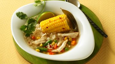 Sopa de Pollo estilo Ranchero