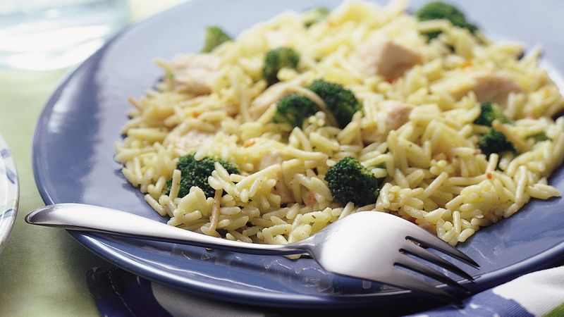 Skillet Chicken and Broccoli With Rice