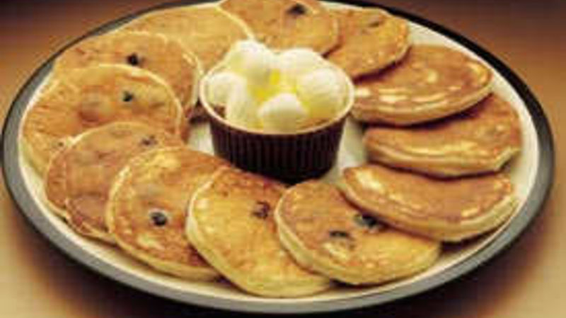 Sour Cream-Blueberry Pancakes
