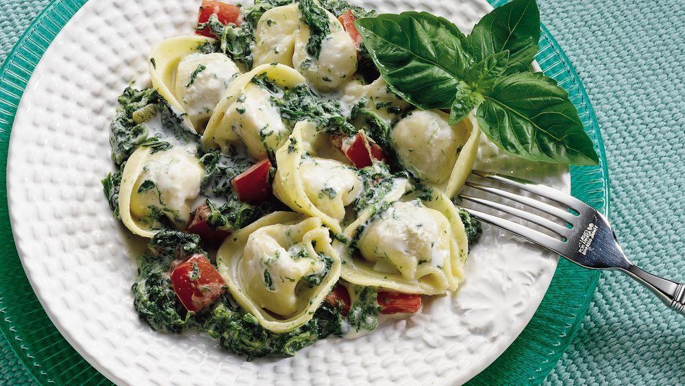 Creamy Spinach and Tortellini