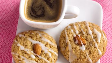Almond-Oatmeal Crispies