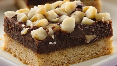 Black and White Chocolate Macadamia Bars