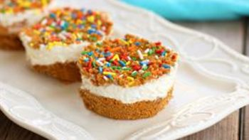 Mini Marshmallow Whipped Cheesecakes