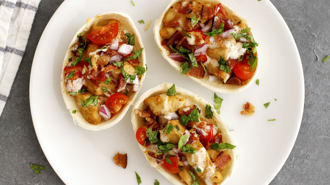 Oven-Baked Bacon-Chicken-Chipotle Ranch Mini Taco Boats