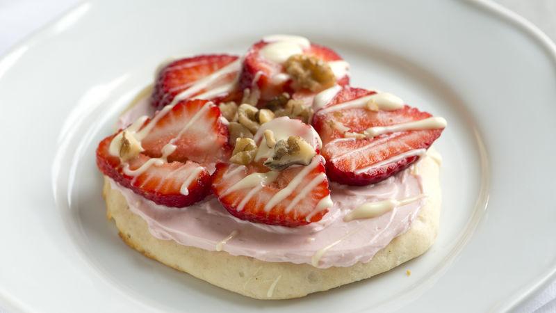 Strawberry Cheesecake Flatbreads with White Chocolate