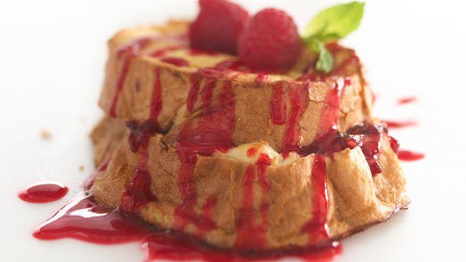 Skinny Raspberry French Toast Bake