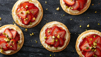 Mini Strawberry-Pistachio Mascarpone Tarts
