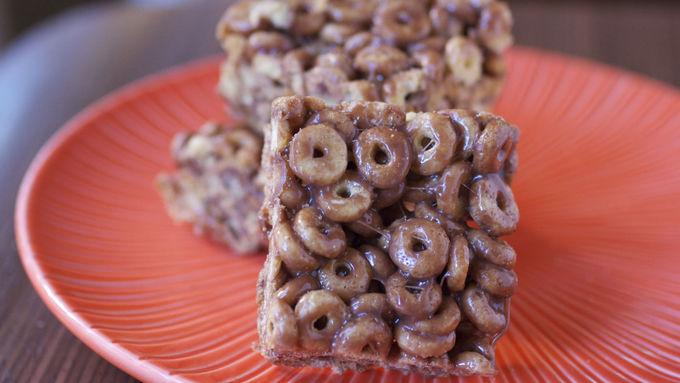 Hazelnut-Cocoa Cheerios® Bars