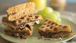 Waffles de Sándwiches Rellenos y con Cinnamon Toast Crunch®