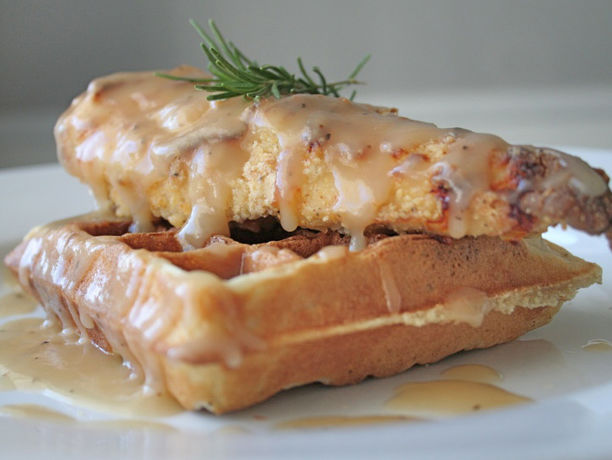 Fried Chicken And Waffles: Oven Fried Chicken & Waffles With Maple Gravy