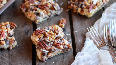 Seven-Layer Velvet-Crumb Bars