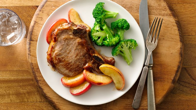 Pork Chops and Apples