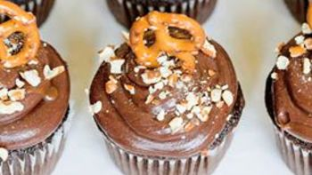 Chocolate Pretzel Cupcakes with Caramel Frosting