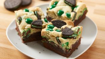 Mint Oreo™ M&M's™ Brookies