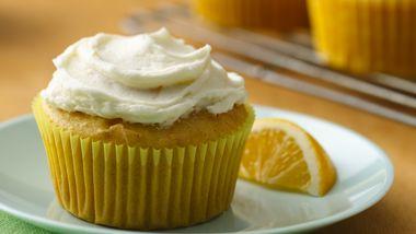Gluten-Free Lemon Lover's Cupcakes with Lemon Buttercream Frosting
