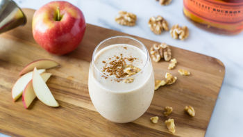 Boozy Apple Pie Smoothie