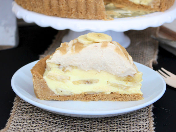 The BakerMama takes banana cream pie to a whole new level with the ...