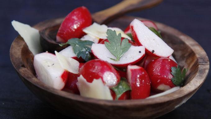 Really Easy Radish Salad